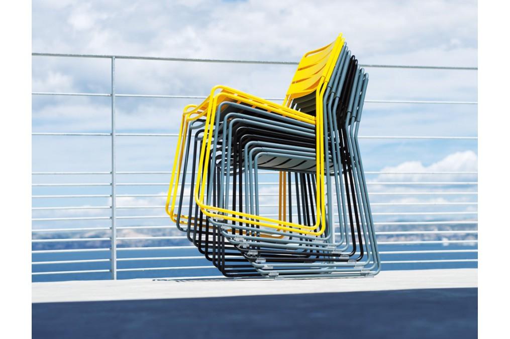 Chaise surprising fermob latour mobilier de jardin - Mobilier de jardin fermob ...