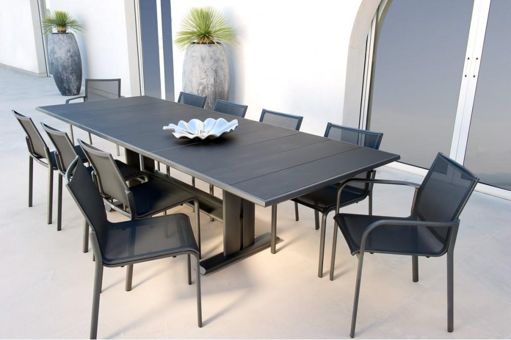 Emejing salon de jardin table extensible pictures for Table extensible 16 personnes