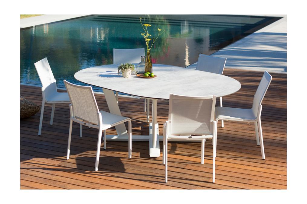 Table Ronde extensible 146/206x146cm Hegoa LES JARDINS